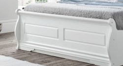 Selecting the Best King Size Bed Frame to Get